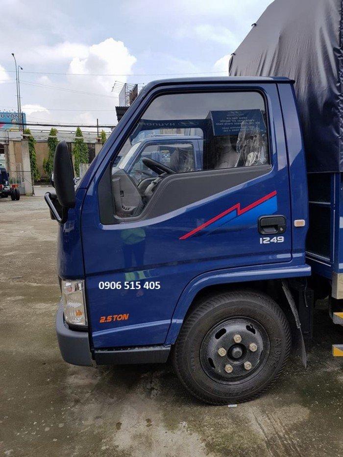 Xe tải iz49 2,5 tấn thùng mui bạt 5