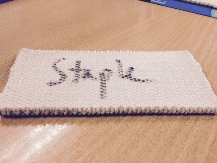 staple là vải máng phổ thông dùng hầu hết tại các nhà máy sản xuất cám và xi măng tại việt nam0