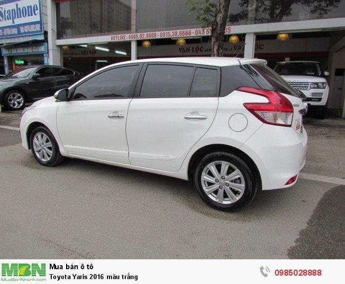 Toyota Yaris 2016 màu trắng 3
