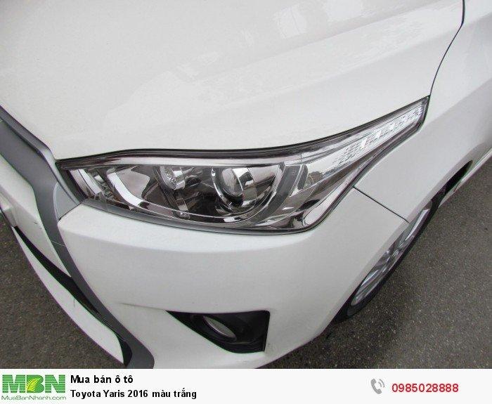Toyota Yaris 2016 màu trắng 8
