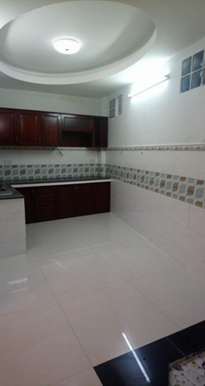 Chủ định cư cần bán gấp nhà Thích Quảng Đức 50m2 2T giá 3,65 tỷ Phú Nhuận.
