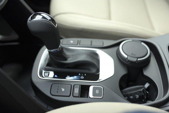Hyundai Santa Fe sản xuất năm 2018 Số tự động Động cơ Xăng