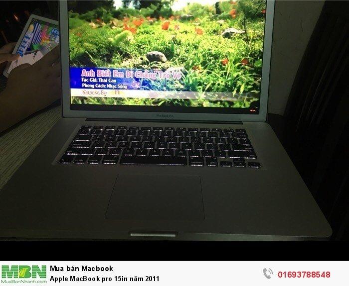 Apple MacBook pro 15in năm 20113