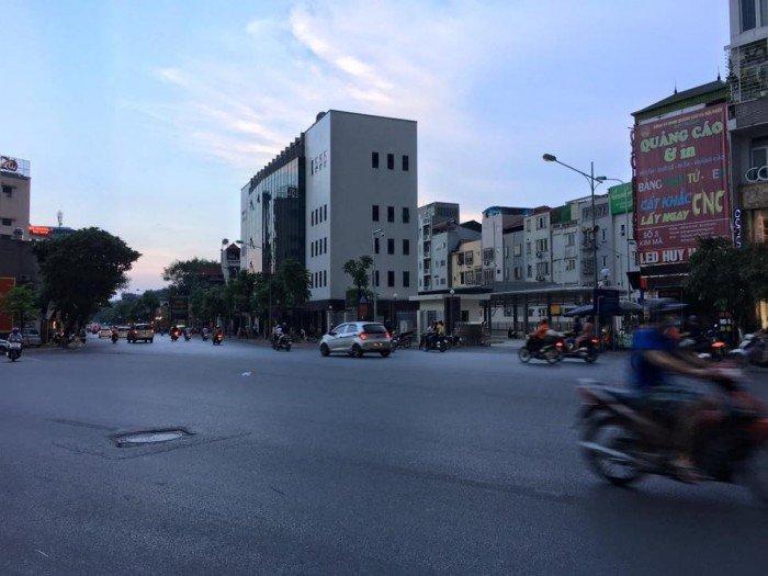 Bán nhà Kim Mã 110m mặt tiền 5m vỉa hè rộng KD sầm uất