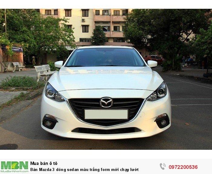 Bán Mazda 3 dòng sedan màu trắng form mới chạy lướt 1