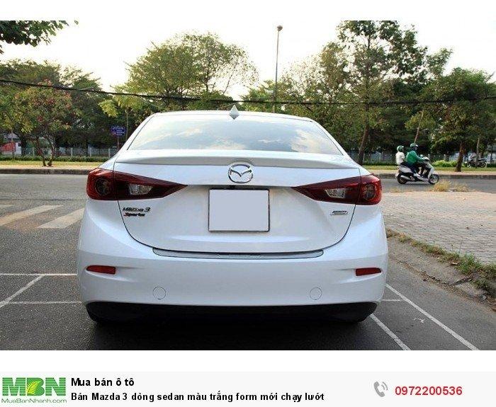 Bán Mazda 3 dòng sedan màu trắng form mới chạy lướt 15