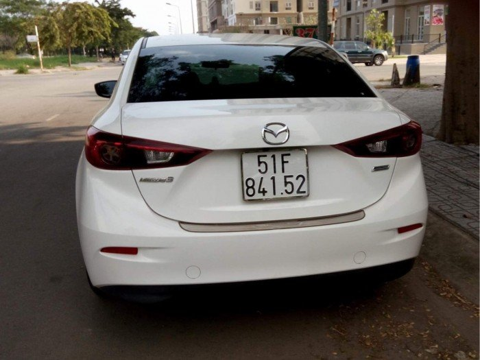Cho thuê xe tự lái Mazda 3 2016 mới và đẹp