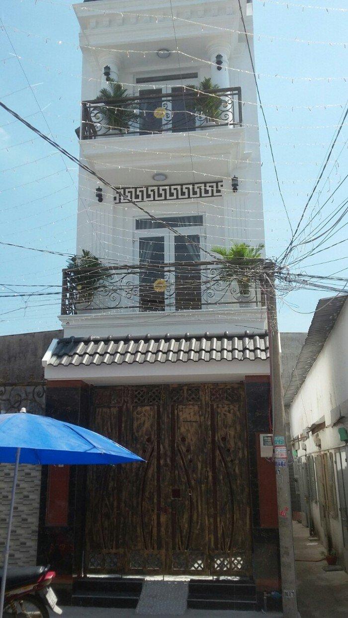 Cần bán gấp nhà đường 35 Hiệp Bình Chánh, Thủ Đức 1 trệt, 3 lầu, 5x16,6m, nhà mới, SH chính chủ
