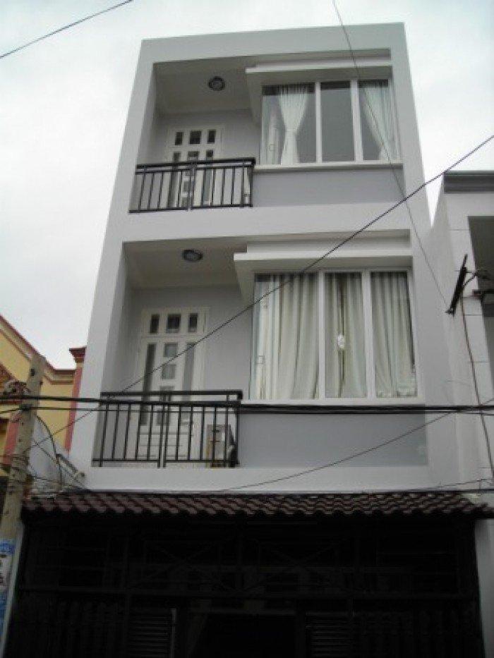 Định cư nước ngoài bán gấp nhà mặt tiền Hoàng Diệu, 72 m2, sổ hồng.