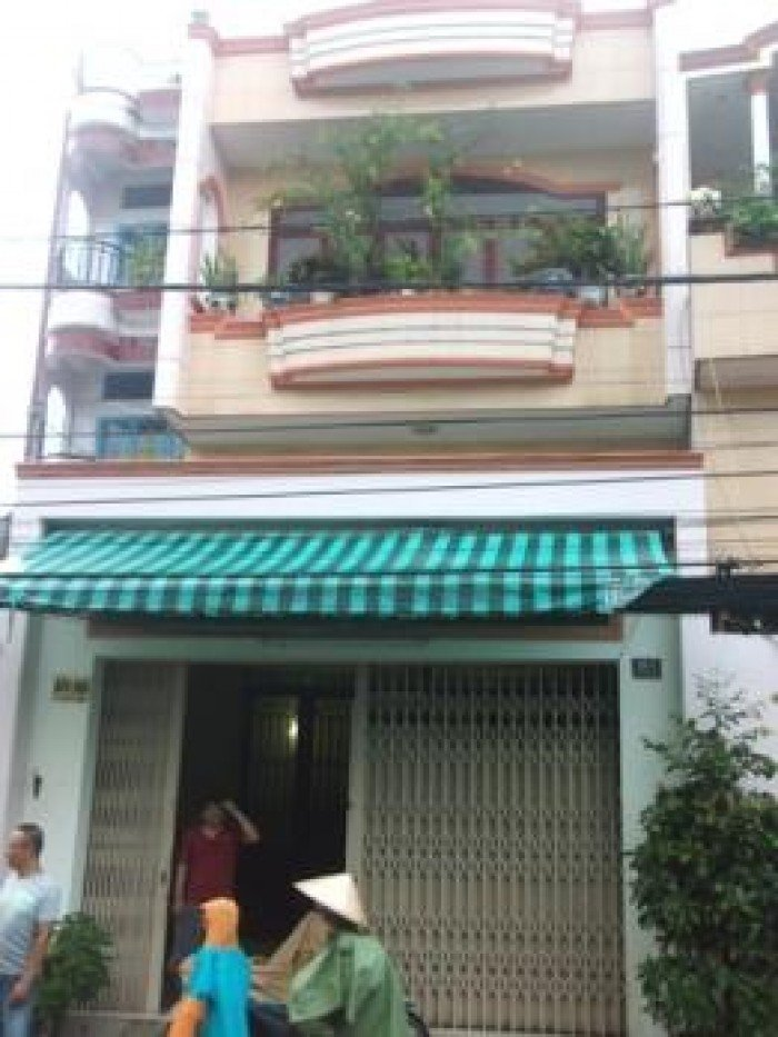 Bán nhà mặt tiền Cộng Hòa 36 m2, sổ hồng.
