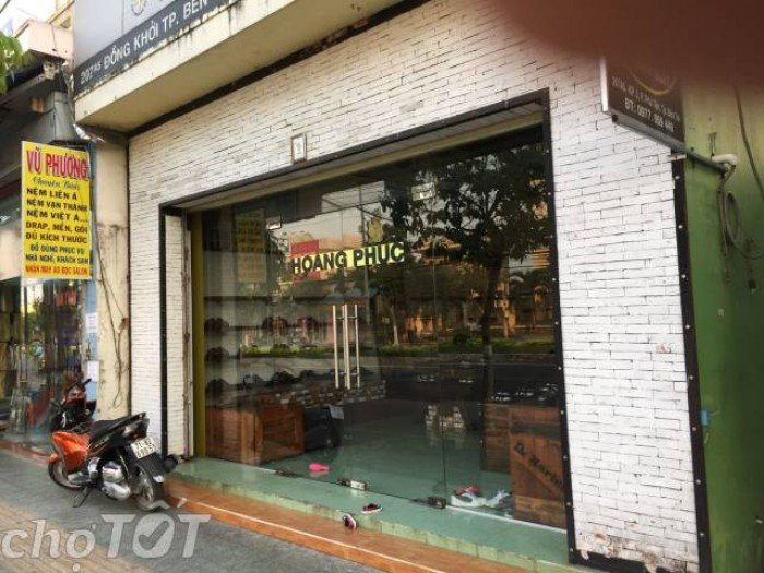 Bán nhà mặt tiền phường Phú Khương