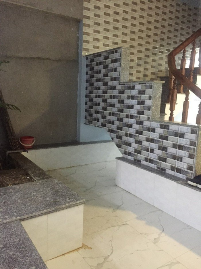 Bán nhà 2 mê mới xây đường Lê Thanh Nghị Quy Nhơn, 105m2 giá 4,2 tỷ thương lượng.