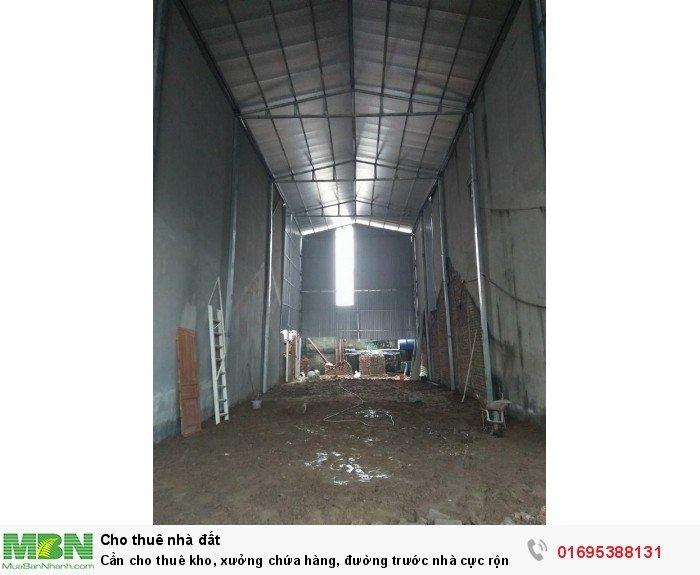 Cần cho thuê kho, xưởng chứa hàng, đường trước nhà cực rộng, gần trục đường chính Cổ Linh, Long Biên, Hà Nội.