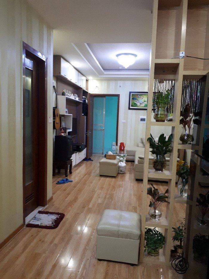 Cần bán gấp căn hộ chính chủ, căn 65m2, CT12 Kim Văn Kim Lũ, giá rẻ.