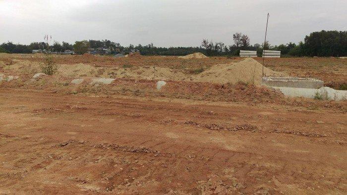 Bán gấp góc 2 mặt tiền DT 170m2 giá chỉ 650 tr đất ngay Thành Phố