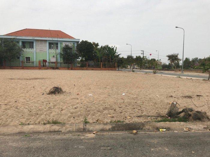 Bán đất 100m2 Trung tâm Thị Trấn Hiêp Hòa, Long An