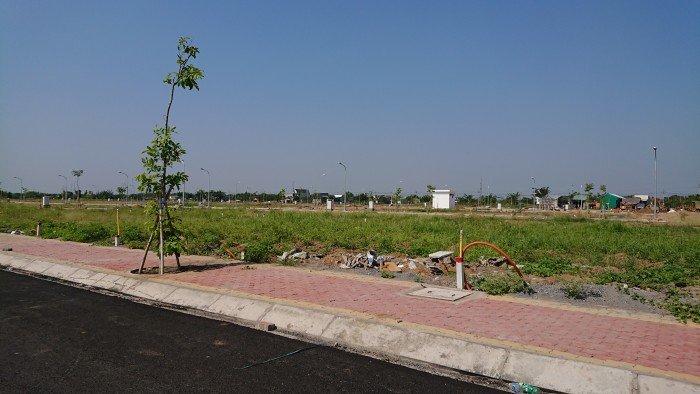 Đất thổ cư 100m2 cạnh KCN Long Hậu, đường 12m đã kéo sẵn điện nước