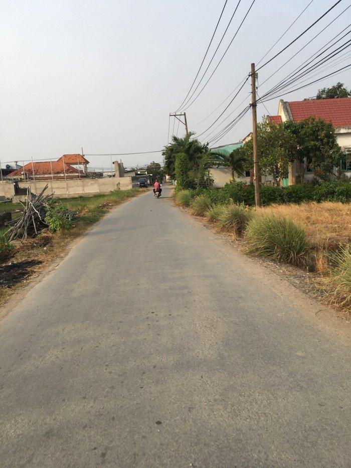 Bán 133m2 đất mặt tiền đường oto, xã Quy Đức, huyện Bình Chánh