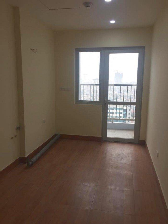 Cho thuê căn hộ 3PN Không đồ - View sông thoáng mát - Giá rẻ tại 536A Minh Khai
