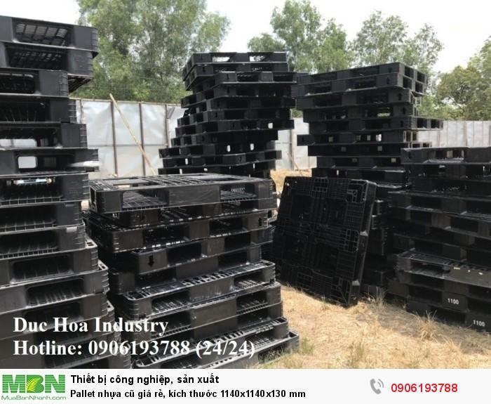 Pallet nhựa cũ giá rẻ, kích thước 1140x1140x130 mm, giao hàng toàn quốc - Liên hệ: 0906193788 (Nguyễn Hòa 24/24)
