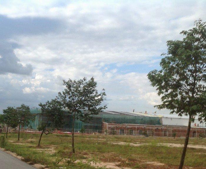 Đất Huỳnh Tấn Phát, dt 5*20, shr, xây  dựng tự  do