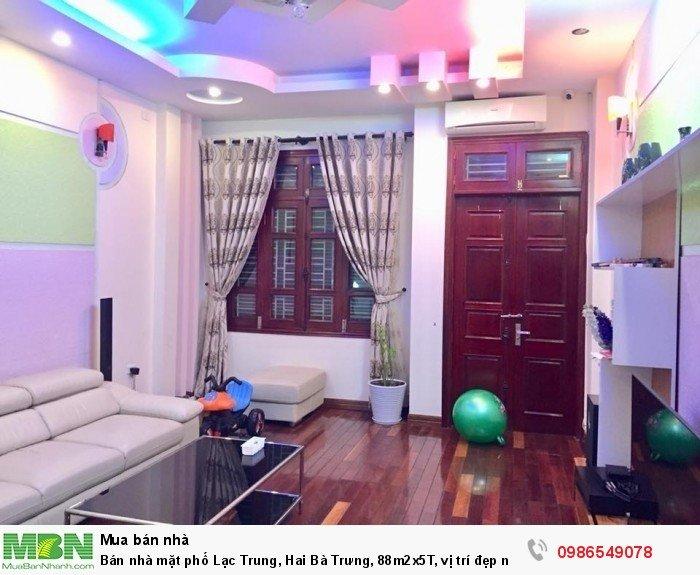 Bán nhà mặt phố Lạc Trung, Hai Bà Trưng, 88m2x5T, vị trí đẹp như hoa hậu, 18 tỷ.