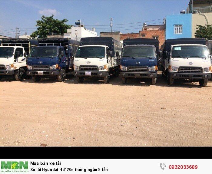 Xe tải Hyundai Hd120s thùng ngắn 8 tấn