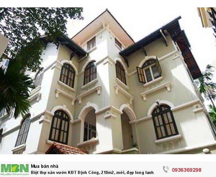 Biệt thự sân vườn KĐT Định Công, 210m2, mới, đẹp long lanh