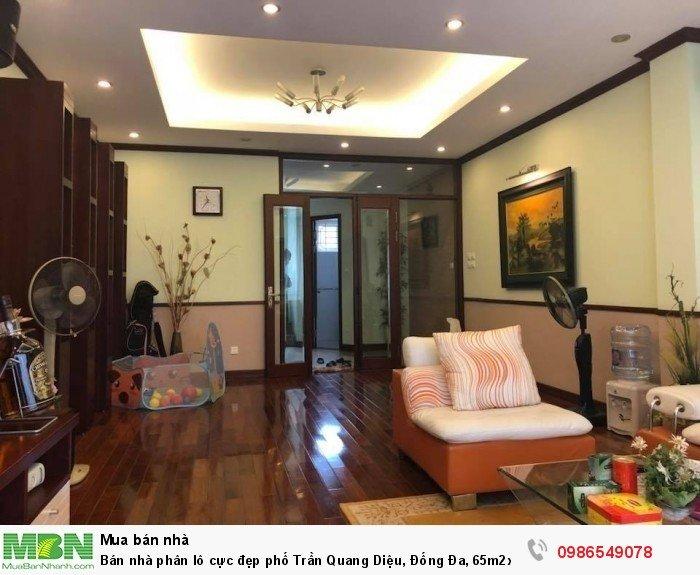 Bán nhà phân lô cực đẹp phố Trần Quang Diệu, Đống Đa, 65m2x5T, ô tô vào nhà, anh sinh tốt