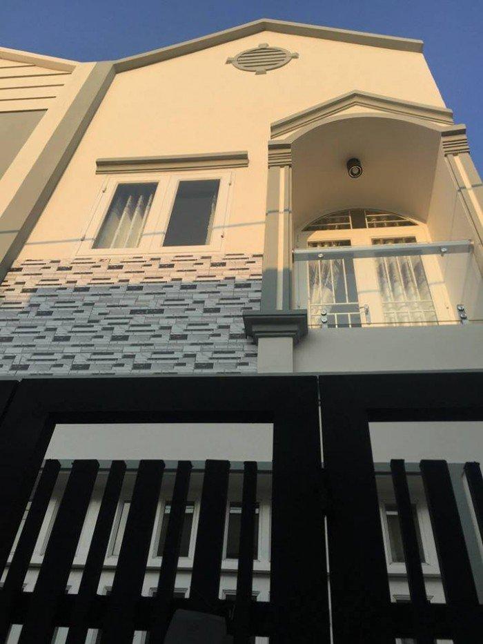 Cần tiền bán gấp giá rẻ nhà lầu 1806 đường Huỳnh Tấn Phát Thị Trấn Nhà Bè TP HCM