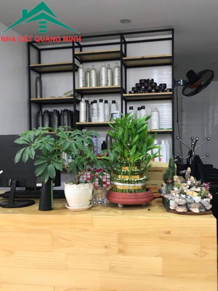 Cho thuê tầng 1 nhà mặt đường số 339 Tô Hiệu, Lê Chân, Hải Phòng