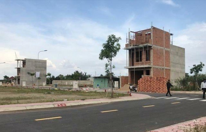 Bán đất thổ cư mặt tiền Lương Định Của Quận 2, đã có sổ riêng, 800tr nhận nền