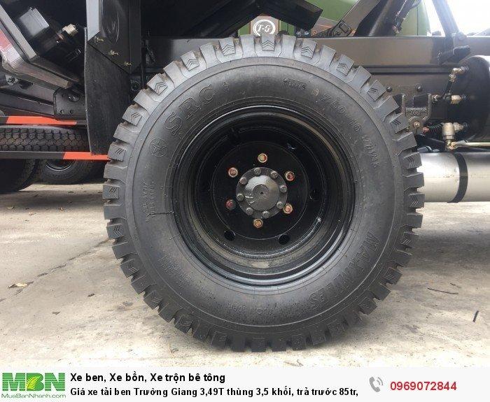 Giá xe tải ben Trường Giang 3,49T thùng 3,5 khối, trả trước 85tr, giao xe ngay 12