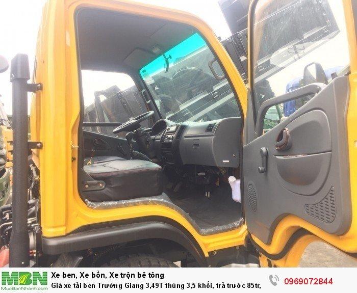 Giá xe tải ben Trường Giang 3,49T thùng 3,5 khối, trả trước 85tr, giao xe ngay 14