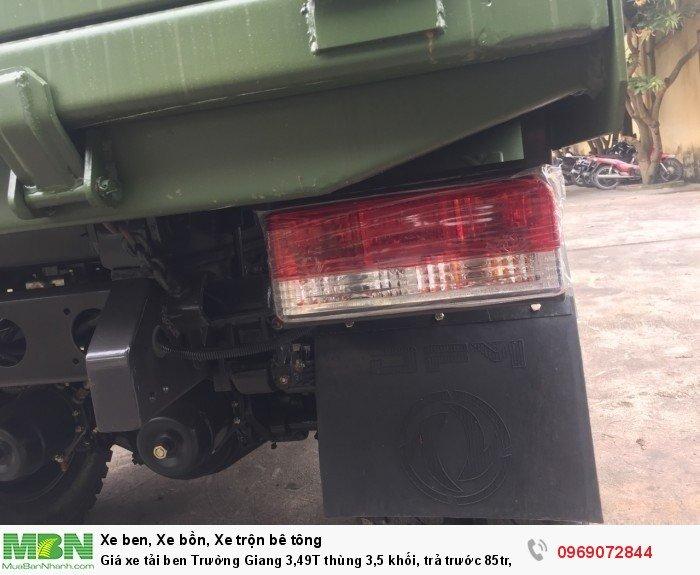 Giá xe tải ben Trường Giang 3,49T thùng 3,5 khối, trả trước 85tr, giao xe ngay 17