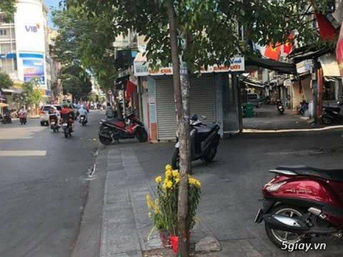 Nhà Quận 10 .ngay ngã 4 thông Điện Biên Phủ qua Cao Thắng - cách 3/2 1