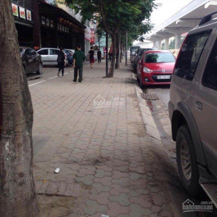 Cần bán nhà c4 mặt phố Hồ Tùng Mậu DT90m2,MT6.6m