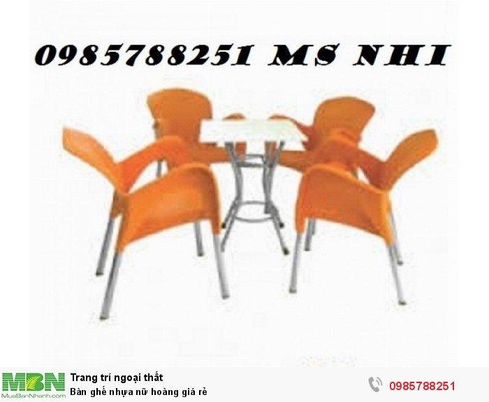 Bàn ghế nhựa nữ hoàng giá rẻ