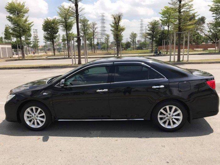 Cần bán chiếc Toyota Camry 2.5G 2013 màu đen long lanh 0