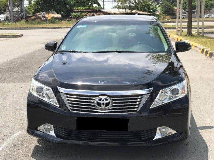 Cần bán chiếc Toyota Camry 2.5G 2013 màu đen long lanh 5