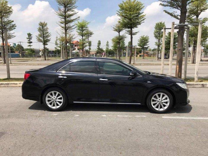 Cần bán chiếc Toyota Camry 2.5G 2013 màu đen long lanh 4