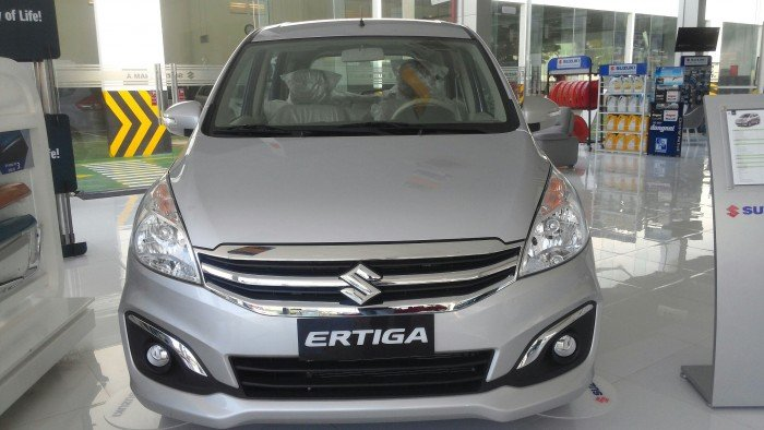 Xe gia đình 7 chỗ Suzuki Ertiga