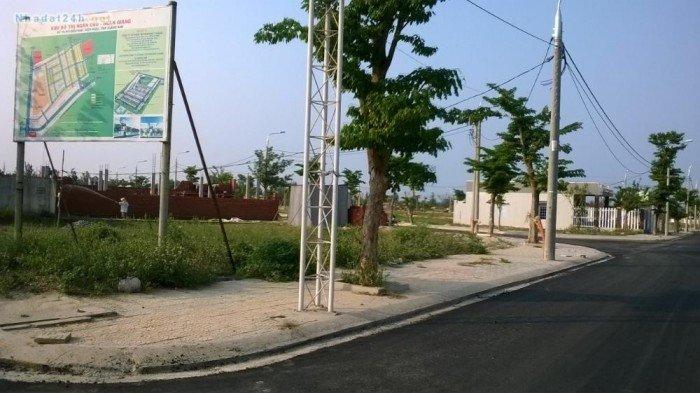 Đường Nguyễn Thị Định, Q.2,giá ưu đãi 15trm2, sổ hồng, xdtd