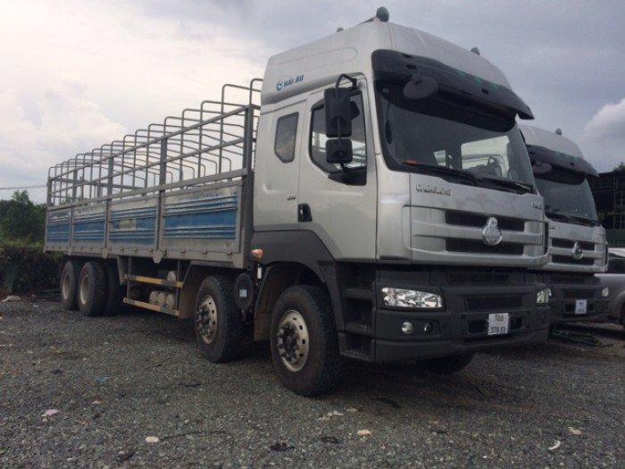 Xe tải thùng Chenglong  4 chân, tải trọng 17,9 tấn 2