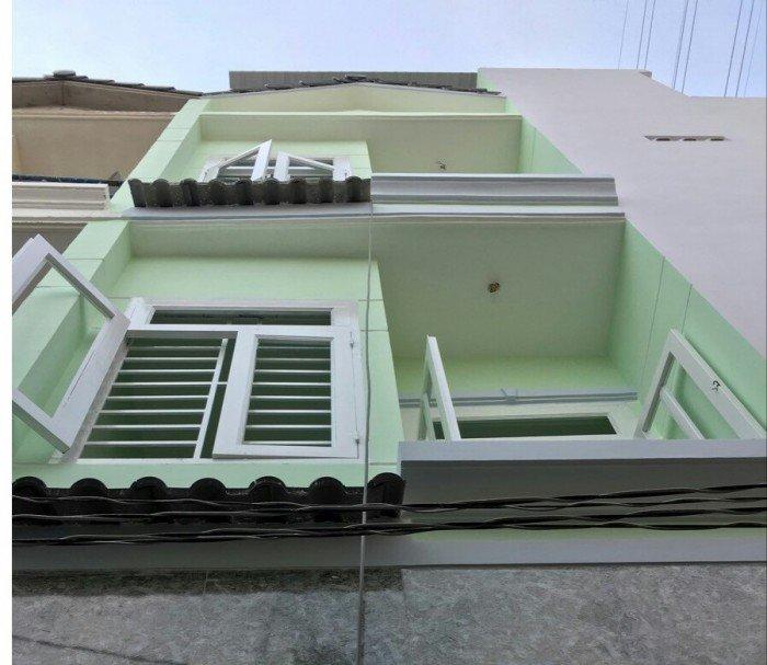 Bán gấp nhà mới xây 3 lầu ,sổ hồng chính chủ
