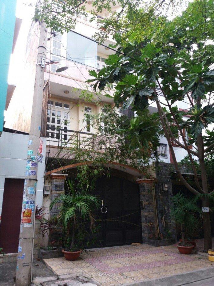 Bán nhà MT Bình Long dt: 4x30m nhà cấp 4 thuận lợi xây sửa