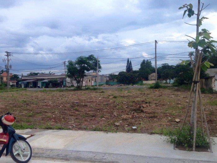 Chính chủ bán lô đất Ngã 3 Mỹ Hạnh, dt: 5x30m, giá: 3,2tr/m2