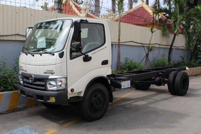 Xe tải Hino Dutro 5 tấn thùng mui bạt giá tốt - Bình Dương