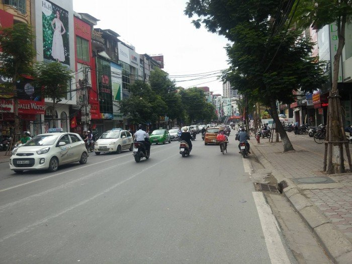 Chính chủ cần bán gấp nhà khu Thái Hà – Hoàng Cầu, dt 100m2, cách MP vài bước chân