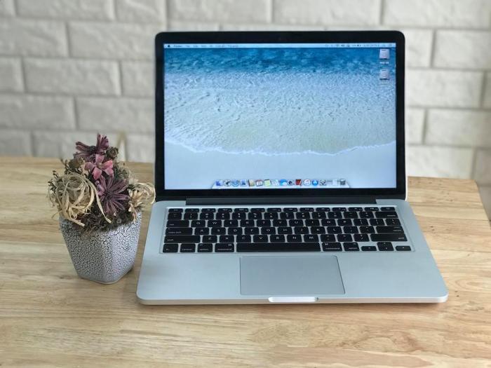 Macbook pro Rentina core i7 / Ram 8gb / Intel HD Graphics 4000 1024 MB0